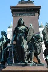 Plaza del Senado monumento a Alejandro II de Rusia Helsinki Finlandia 04 (Rafael Gomez - http://micamara.es) Tags: plaza statue del de helsinki y russia monumento centro ii senado alexander alejandro finlandia rusia