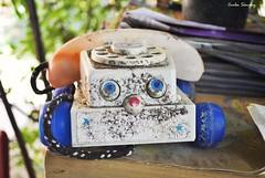 Listos para la llamada (spawn5555) Tags: home mxico toy photography casa nikon cotidiano llamada telefono viejo objeto juguete abandono fotografa deterioro d3000