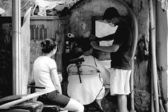 Salon (Angoenka) Tags: street people bw mother son viet fujifilm hanoi xt1