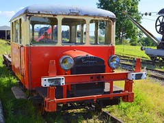 vintage railroad vehicle (mujepa) Tags: railroad vintage wagon gare vehicle campagne 1929 sncf motrice draisine vigy 2p417