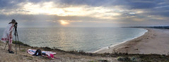 Atardecer desde Trasfalgar (Jose Mara Ruiz) Tags: sunset sea panorama espaa sun lighthouse sol beach faro atardecer mar spain trafalgar playa andalucia atlantic photograph shore panoramica cadiz andalusia orilla fotografa atlantico barbate