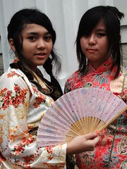 Yukata and Cheongsam (yusuf ks) Tags: jakarta little tokyo ennichisai 2013 melawai blokm matsuri festival jepang japan nippon indonesia yukata cheongsam