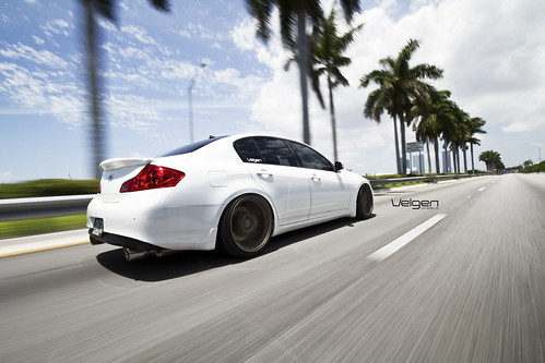 Infiniti G37 Sedan on Bagged on Velgen VMB8