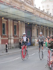 Penny farthing race (Eddie C) Tags: london bicycle racing novelty nocturne pennyfarthing folding brompton smithfieldmarket