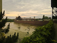 "Freighter after pilot house clears bridge • <a style=""font-size:0.8em;"" href=""http://www.flickr.com/photos/59137086@N08/9308654719/"" target=""_blank"">View on Flickr</a>"