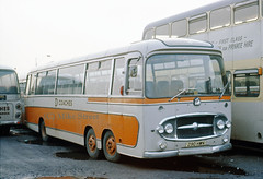 2WG_DCoachesMorriston_1967_290HWN_B03711c2 (Midest_pics) Tags: bedfordval plaxton dcoachesmorriston demerymorriston 290hwn