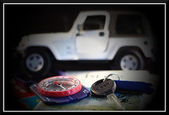 Day 972: Jeep_1170 (bjarne.winkler) Tags: road project key day jeep labor maps backroads 1000 compass 972 worldcars