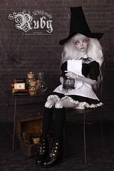 halloween_ruby_08 (OccyWall) Tags: toy emma bjd ruby balljointeddoll resindoll withdoll occywall witchmaids