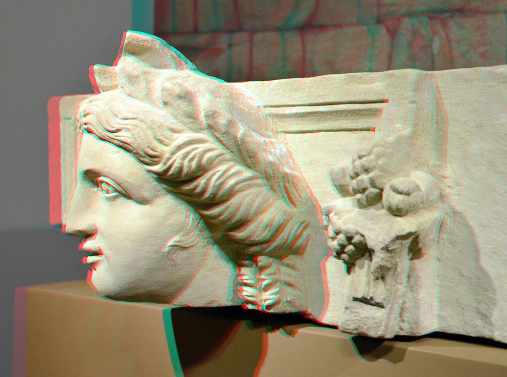 564afa8b4a0 Goddess with Horn of Plenty 3D (wim hoppenbrouwers) Tags: statue leiden 3d  petra