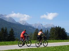 Ganz endspannt den Berg hinauf. (Swassermatrose) Tags: italien bike landscape italia rad mountainbike cycle landschaft velo fahrrad radtour sdtirol cycletour adige dolomiten pustertal 2013 taisten gsiesertal trentinoalto tesido