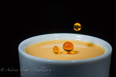 Three funny drops (Andreas Voigt Photography) Tags: macro cup tasse coffee studio milk kaffee drop splash makro tat highspeed tropfen milch tamron90mm spitzer hochgeschwindigkeit sonya57