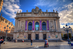 Lille, France (Stewart Leiwakabessy) Tags: street people france building canon buildings square weekend pierre cobblestones lime roads lille nordpasdecalais hdr highdynamicrange nord birthdaypresent rijsel citytrip photomatix 59000 59350 59800 stewartleiwakabessy 5dmkii france2013 2013