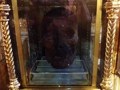 Mummified Head, Droghed
