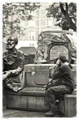 La Pudeur et L'amour - Bruxelles (Belgique) (Vasnic64) Tags: street love pentax amour baiser vasse nv65 potd:country=fr