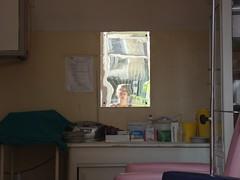 topattraktiv beim Arzt. (Hel*n) Tags: hospital mirror spiegel fiume croatia helen espejo krankenhaus croacia hrvatska rijeka kroatien reka heln
