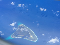 Flying from Singapore to East Timor i fly over The  Indonesian Archipelago. Here is one paradise island!