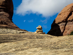 Follow the cairns to the moon... (CCBImages) Tags: utah hike canyonlandsnationalpark moab druidarch needlesdistrict 2015ccbimagescom 2016ccbimagescom