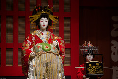 Agemaki in Sukeroku (kasa51) Tags: mannequin edotokyomuseum 歌舞伎 oiran 江戸東京博物館 sukeroku kamuro 禿 助六 花魁 agemaki 揚巻 kabukiplay tamronaf70300mmf456divc