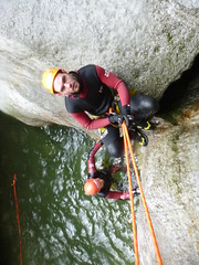 P1120389 (Mountain Sports Alpinschule) Tags: blue mountain sports lagoon canyoning zillertal zemmschlucht alpinschule