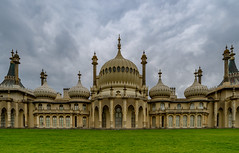 Royal Pavilion - Brighton (Aleem Yousaf) Tags: sky building architecture clouds sussex photo seaside nikon brighton soft outdoor walk overcast prince east filter retreat lee historical pavilion 12 regent graduated d800 princeofwales indosaracenic 1835mm