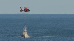 Rescue Training (ken.krach (kjkmep)) Tags: boat helicopter atlanticocean oceancitymaryland