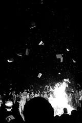 Hoguera de San Juan (juangrazz) Tags: party people white black blanco fire fiesta gente notes negro bonfire fuego apuntes hoguera monocromtico
