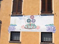 """Legro """"Paese dipinto"""" (frank28883) Tags: piemonte murales novara muridipinti ortasangiulio ortalake legro lacdorta paesedipinto pierochiara"""