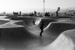 Venice Skate Sesh 1 (Marisa Sanders Photography) Tags: canon canon7d california cali adventure adventures explore skate skateboard skateboarding venice veniceskatepark blackandwhite black white bw monochrome silhouette