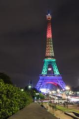 Paris - Orlando (Guy Heaume) Tags: paris tour eiffel france lights sky colors trocadero rainbow cityscape