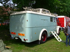 Magirus-Deutz Camper (Zappadong) Tags: auto camping classic car truck automobile voiture coche classics oldtimer caravan camper mobilehome oldie carshow wohnmobil lastwagen lkw youngtimer 2016 automobil bockhorn magirusdeutz mobilhome oldtimertreffen zappadong