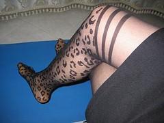 c (rosafiore) Tags: sexy feet legs rosa trav fiore pantyhose crossdresser piedi gambe collant parigine