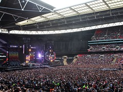 Coldplay Concert - Wembley Stadium (phil_king) Tags: uk england music london rock concert coldplay stadium stage crowd wembley gigg