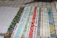 Selvage tutorial pic 9 (B's Modern Quilting) Tags: quilt machine fabric zipper tutorial wristlet selvage
