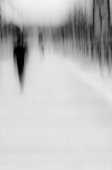 Black ghost (PaxaMik) Tags: street white black silhouette lyon noiretblanc ghost streetlife streetphoto blanc fantôme épure photofloue silhouettefloue