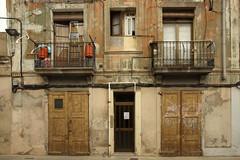 Barcelona - Passatge Bori (rotzloeffel13) Tags: barcelona house industry station living balcony gas
