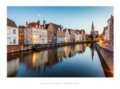 Bruges by night (Alessandro Laporta Photographer) Tags: brugge bynight unesco bruges belgio brügge laporta fiandre brugesbynight fiandreoccidentali fotocesco laportaalessandro worldheritagesiteofunesco