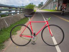 #NAGASAWA #shopping #bike (funkyruru) Tags: postprocessed bike taiwan 101 fixie fixedgear taipei pista trackbike njs nagasawa 台北信義區 騎車快拍 olympusomdem5 mzuikodigitaled75mmf18