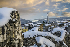 (matteofinezza) Tags: winter sunset red sky italy white house snow home rock clouds nikon tramonto village medieval case cielo inverno natale bianco borgo medievale rovine paese flickrandroidapp:filter=none