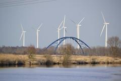 Brcke ber der Lune (Cathrine1) Tags: bridge nature water lune river germany deutschland wasser natur brcke niedersachsen lowersaxony flus windkraftrder