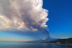 Etna's eruption view from Giardini-Naxos - Sicily (Giuseppe Finocchiaro) Tags: sea panorama volcano mediterranean mediterraneo mare smoke sicily etna eruption sicilia vulcano giardini fumo giardininaxos eruzione