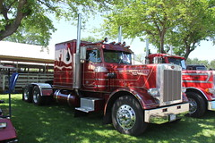 IMG_2777 (RyanP77) Tags: show california b white truck log model shiny trucker international chevy chrome r pete logger gmc peerless kw peterbilt ih kenworth cabover bullnose fruehauf