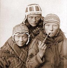 Three Sami women circa 1890s [800x811] #HistoryPorn #history #retro http://ift.tt/1TLAdHq (Histolines) Tags: history three women retro timeline circa sami 1890s vinatage historyporn histolines 800x811 httpifttt1tladhq