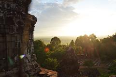 AK_PhnomBakheng_09 (chiang_benjamin) Tags: sunset tower temple ruins cambodia religion angkorwat phnombakheng