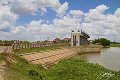 7 Makara Bridge (Sotitia Om Photography) Tags: canon landscape asia cambodge cambodia southeastasia cambodian phnompenh kampuchea kingdomofcambodia canonusa canonasia sotitiaomphotography cambodianphotographers 7makarabridge