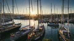 Sunset at Palma de Mallorca marina (Spain) (el vuelo del escorpin) Tags: sunset sea espaa color colour port marina puerto atardecer islands harbor muelle mar spain mediterranean harbour mallorca palma mediterrneo baleares balearic vsco