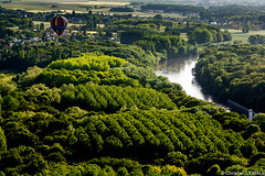 Au-dessus du Cher / Above Cher river (christian_lemale) Tags: france countryside nikon balloon rivire cher hotairballoon campagne montgolfire touraine chenoceaux d7100