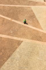 Mosaico (Wallace Robert dos Santos) Tags: street camera light brazil robert luz brasil canon de do photographer action amor centro plan mosaico ao vale vida wallace rua plano ser paulo dslr humano homem pedra so trabalho lazer portuguesa fotografo cmera exposio viaduto longa foco trabalhador fotojornalismo anhangaba composio misso situao enquadramento