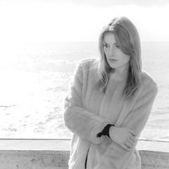 _DSC9205 (GienBi) Tags: light portrait blackandwhite high mare piano bn primo bianco ritratto biancoenero