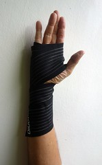 carpal tunnel syndrome (the foreign photographer - ) Tags: our house thailand support hand bangkok sony band tunnel syndrome wrist carpal bangkhen rx100 dscjun232016sony