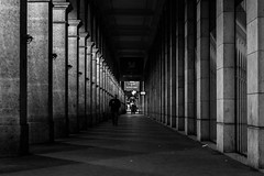 Les Arcades Du Louvre @ Night (Nikan Likan) Tags: auto street 6 white black paris monochrome les architecture night vintage lens photography prime photo aperture noir louvre du route 55mm m42 manual ruelle arcades et f5 blanc blured f28 blades colonne | sx japanes 2016 mamiyasekor bordure 18